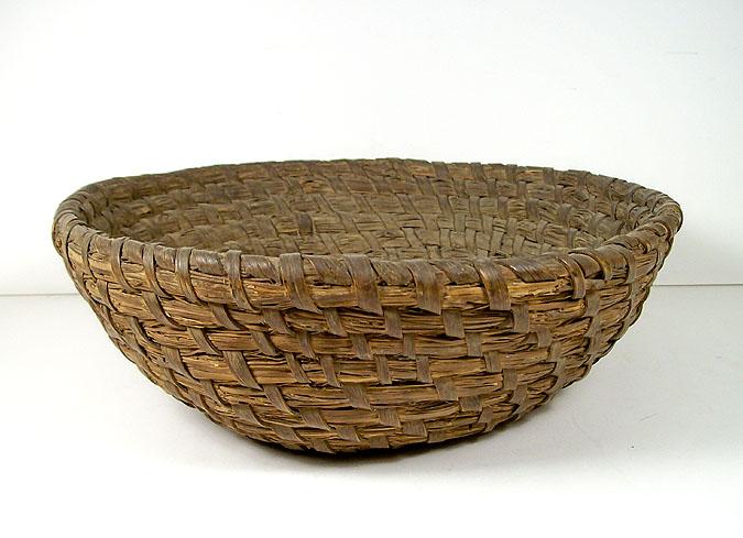 Traditional Basket Making : Antique pennsylvania rye straw basket